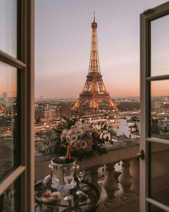 C:\Users\Alessia_2\AppData\Local\Microsoft\Windows\INetCache\Content.Word\Parigi.jpg