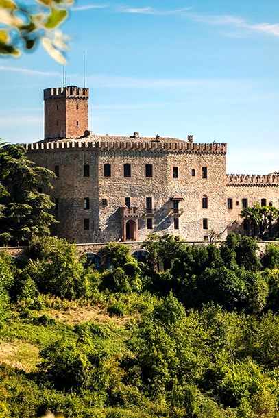 C:\Users\betti\AppData\Local\Microsoft\Windows\INetCache\Content.Word\castello di tabiano.jpg