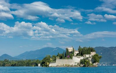The Best Luxury Wedding Venues in Italy: lake, hills, on the beach or mountains?