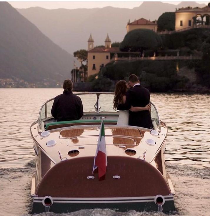 Arrivate con stile al vostro matrimonio… a bordo di una barca!
