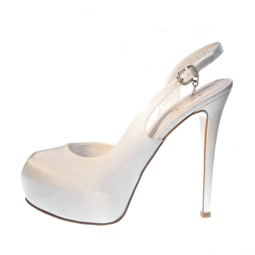 Risultati immagini per scarpe modello chanel sposa
