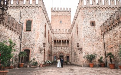 Tabiano: a true fairy tale wedding wouldn't be complete without a castle.