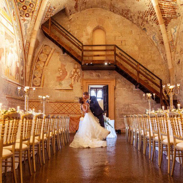 """""""BRIDES TALKING TO BRIDES"""": IL RACCONTO DI UN MATRIMONIO DI LUSSO SUL LAGO MAGGIORE"""